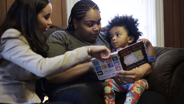 Parents Should Read to Kids Starting in Infancy, Docs Say