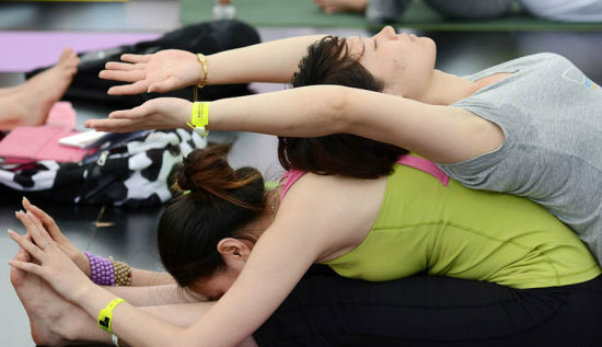 India to hold biggest Yoga fest in China next week