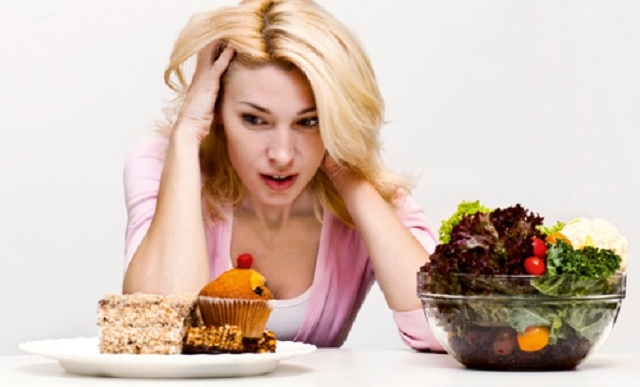 Stress eating could pack on 11 extra pounds a year