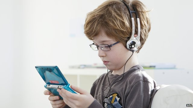 A little video gaming 'produces well-adjusted children'