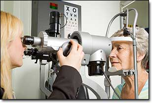 Failing Vision Tied to Shorter Lifespans for Seniors