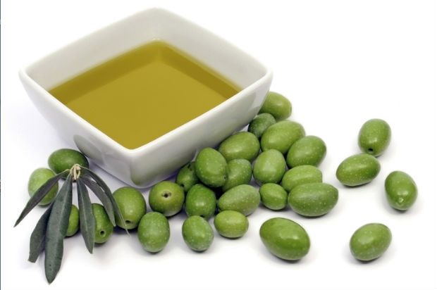 5 reasons why eating olives are a must