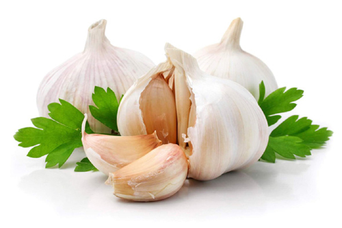 Here are 10 amazing home remedies with garlic